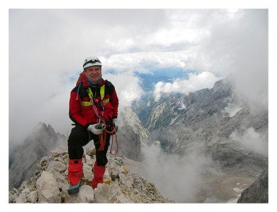 Saarfuchs kurz vor dem Gipfel unterwegs auf die Zugspitze