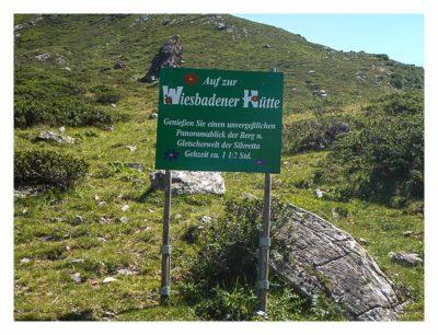 Geocaching in der Silvretta - Wegweiser zur Wiesbadener Hütte