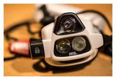 Lampenkopf von Petzl NAO - Mein Test der Stirnlampe