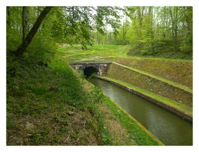Radtour von Saarbrücken nach Straßburg: Kanaltunnel bei Arzviller