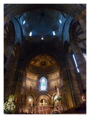 Radtour von Saarbrücken nach Straßburg: In der Kathedrale
