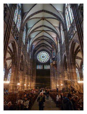 Radtour von Saarbrücken nach Straßburg: In der Kathedrale mit Rosette