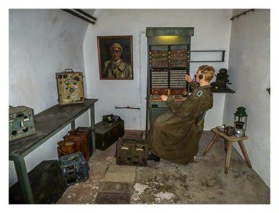 Jersey - War Tunnels - Raum mit Funker