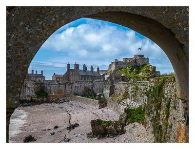 Jersey - Elizabeth Castle - Blick auf den Kasernenhof