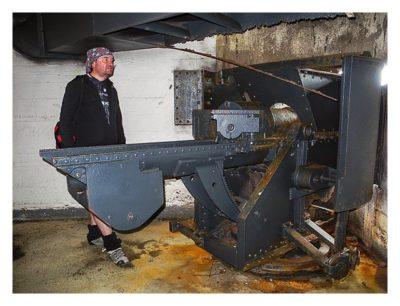 Jersey - Elizabeth Castle - Im Bunker an der Kanone