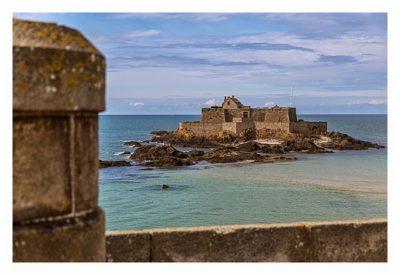 Saint Malo - Geocaching in historischer Kulisse - Stadtmauer und Fort Nationale