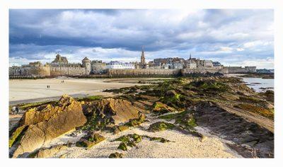 Saint Malo - Geocaching in historischer Kulisse - die Altstadt vom Meer her gesehen