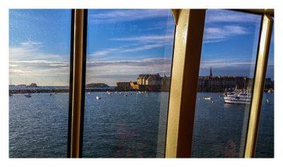 St. Malo - Blick aus Fähre auf die Altstadt