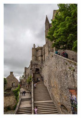 Mont Saint Michel - Die Treppen zum Eingangsportal