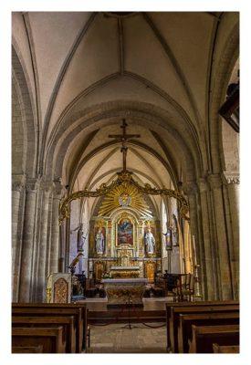 Westliche Landungsstrände - In der Kirche