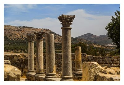 Volubilis - Säulen im Innenhof einer römischen Villa