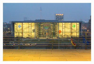 Mit dem Berufsgeocacher ins Bundeskanzleramt - Blick auf den Bundestag