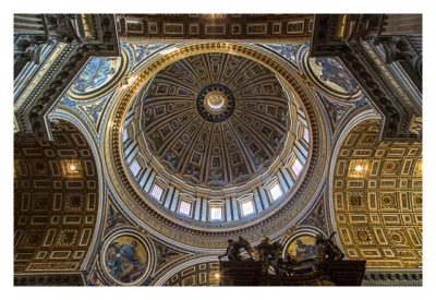 Rom: Der Vatikan - Im Pertersdom: Deckengewölbe mit Kuppel