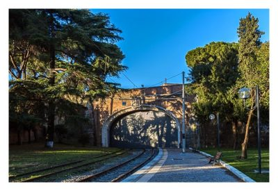 Rom: Der Vatikan - Einfahrt der Eisenbahn