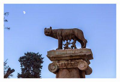 Rom: Geocaching bei den alten Römern: Romolus und Remus Säule