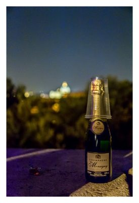 Rom: Geocaching über Silvester - Piazza del Popolo: unsere Champagner-Flasche