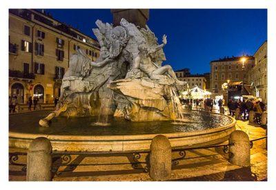 Rom: Geocaching über Silvester - Figuren am Vierströmebrunnen