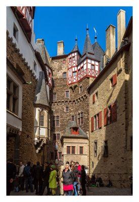 Ältester Geocache Deutschlands - Innenhof Burg Eltz