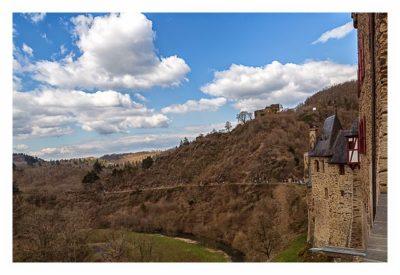 Ältester Geocache Deutschlands - Blick von der Terrasse der Burg Eltz
