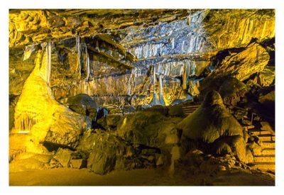Die Höhle von Mitchelstown - In der Höhle mit einem großen Stalagmiten