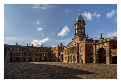 Geocaching in Dublin: Innenhof Dublin Castle
