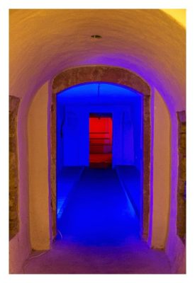 Fort St. Josef - die Mainzer Unterwelt: beleuchtete Gänge