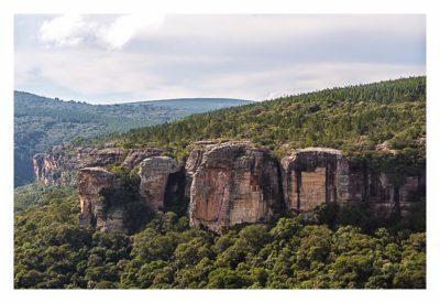 Natur pur im Pirituba Canyon - Die steilen Felswände