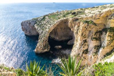 Geocaching auf Malta: Der Süden - Die Blaue Grotte: die Grotte von oben