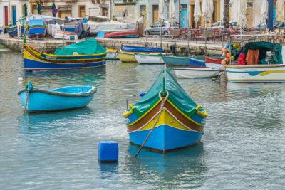 Geocaching auf Malta: Der Süden - Der Hafen von Maxaxlokk: traditionelle Fischerboote