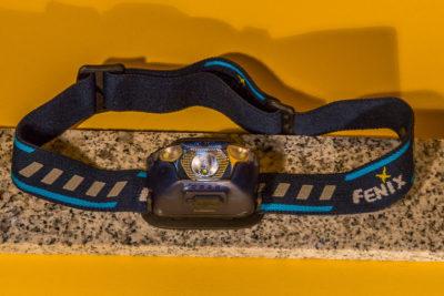 Fenix HL26R mit Stirnband