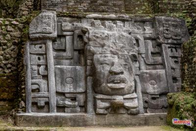 Geocaching & Sightseeing auf Yucatán - Belize City & Lamanai