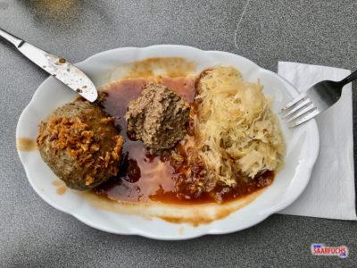 Ein Pfälzer Gericht: Leberknödel mit Sauerkraut